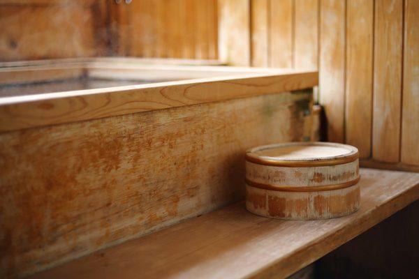 日本人あこがれの「ひのき風呂」ひのきを使ったリフォームの魅力を解説