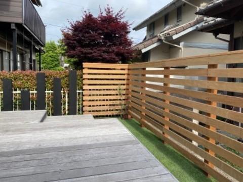 25年くさらない木の目隠しウッドフェンス完成です